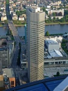 Eurotower in Frankfurt/ Main, Sitz der EZB
