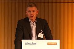 """Philippe Legrain auf der Konferenz """"Ökonomie neu denken"""", 23. Januar 2012"""
